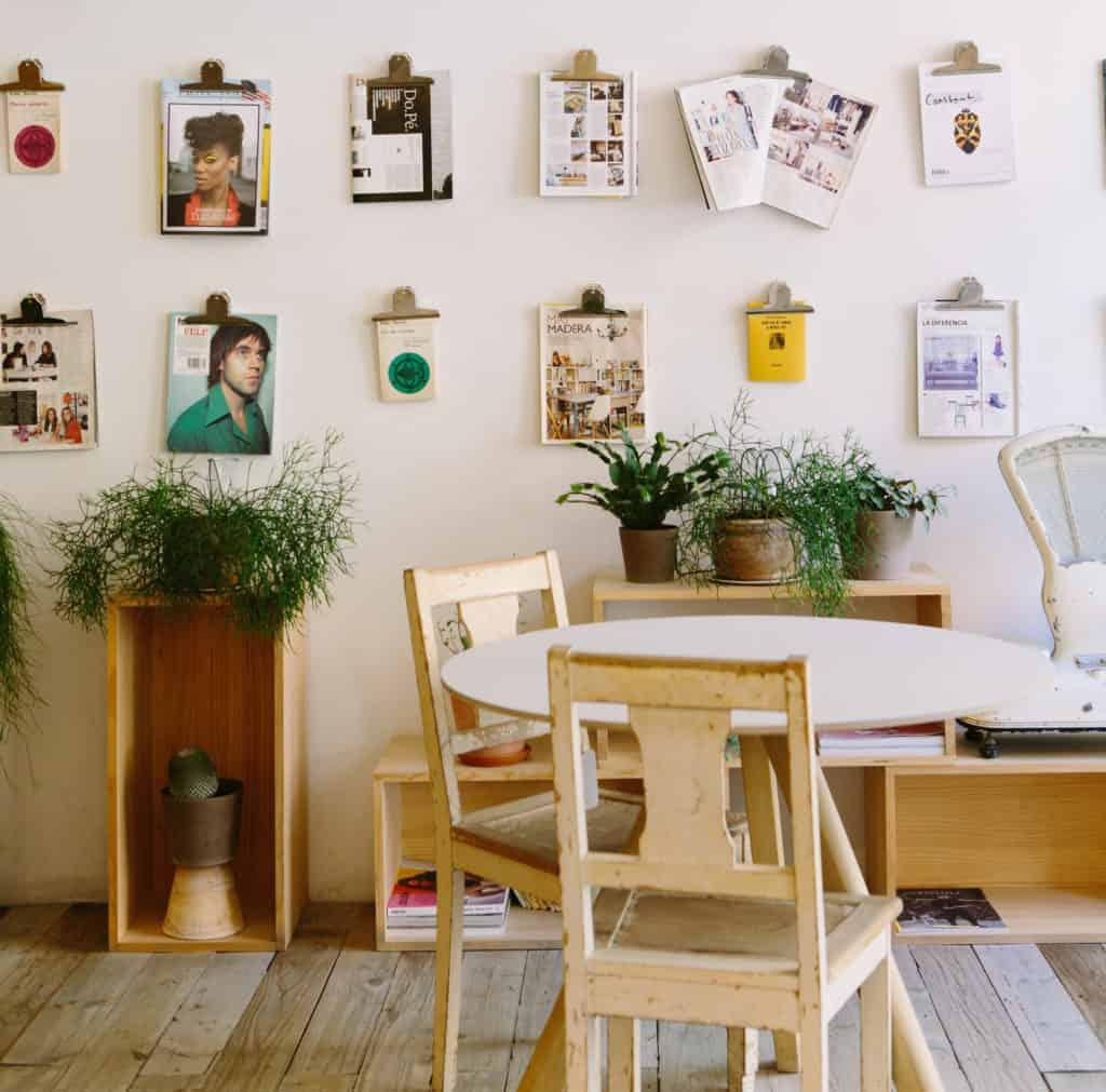 Fotos e quadros em paredes