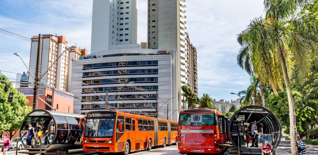 Conheça os melhores bairros de Curitiba para universitários