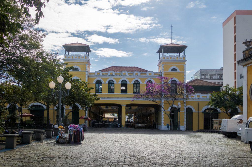 Mercado - Morar em Florianópolis