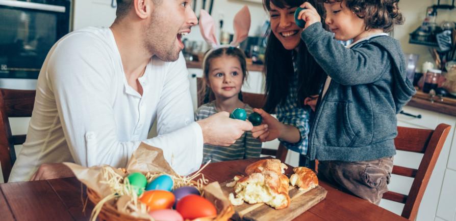 Páscoa em casa: dicas de brincadeiras pra fazer com a garotada