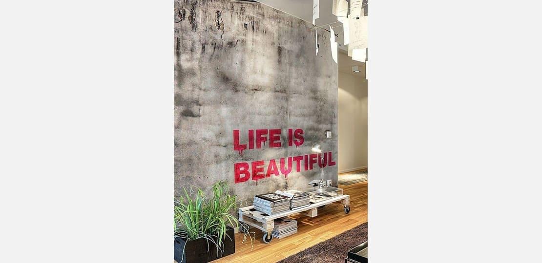 mais arte na parede
