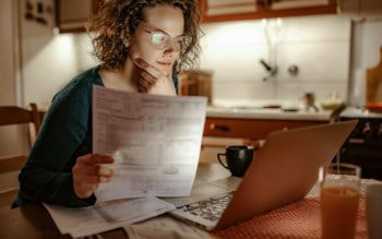 Como obter 2ª via e trocar titularidade das contas de consumo em BH