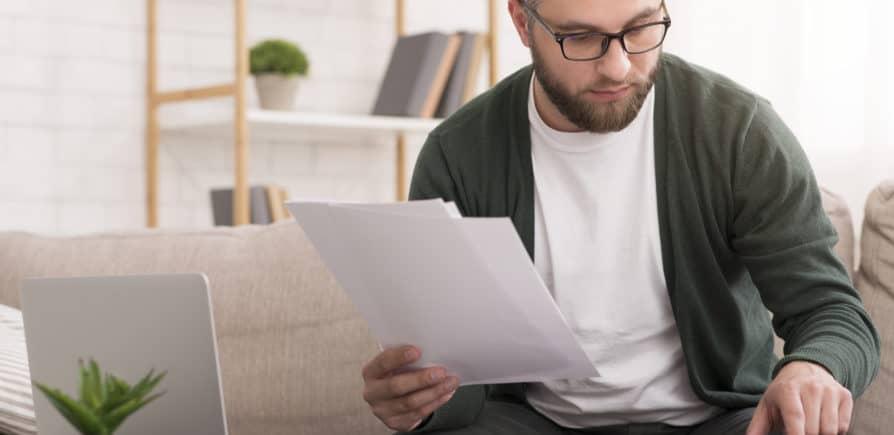 Quando o inquilino paga o primeiro aluguel?