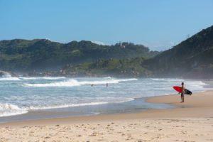 Conheça as melhores praias de Florianópolis para morar ou visitar